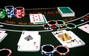 Blackjack : un divertissement qui vous fera oublier le stress
